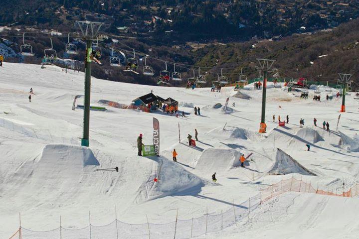 Rip_Curl-Grom_Winter_Search-Snowpark-Cerro_Catedral-Argentina-2014