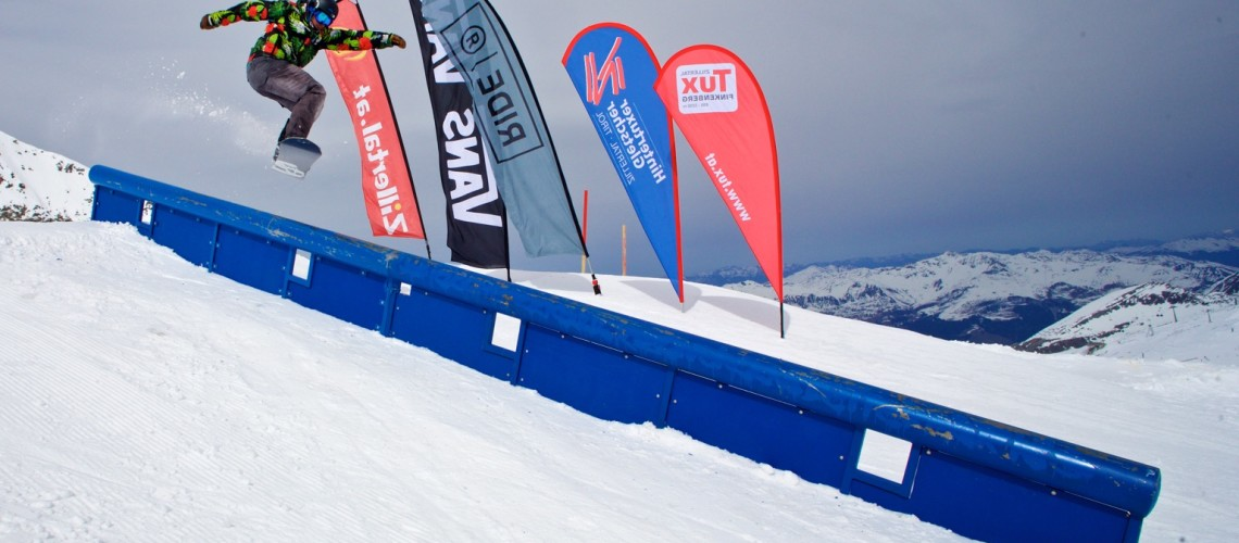 16_04_03_ZVR_Hintertux_Contest_Snow_Action_Felix_Widnig_by_Gustav_Ohlsson_72dpi37